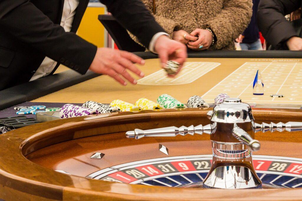 Kasyno i hazard a pomnażanie pieniędzy